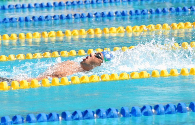 Thiago_Pereira_during_200m_medley_-_Rio_2007